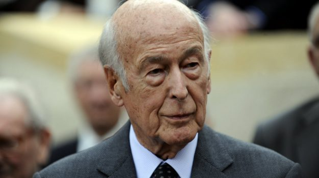 Ann-Kathrin Stracke, Valéry Giscard d'Estaing, Sicilia, Mondo