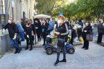 Riaprono i cimiteri a Messina, nel primo giorno folla e assembramenti al Gran Camposanto - Video