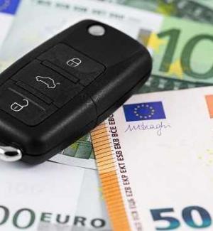 Stangata sulle assicurazioni auto in Sicilia, aumenti per 45mila persone