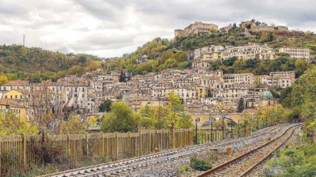 balconi, borgo antico, Cosenza, Calabria, Cronaca