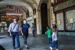 Coronavirus in Italia, rapporto positivi tamponi al minimo (