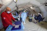 Coronavirus in Italia, 355 nuovi casi e 75 vittime: continuano a calare i ricoveri