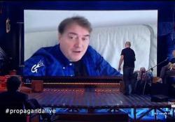 Corrado Guzzanti torna a Propaganda Live con il suo «Lorenzo» Il comico ospite della trasmissione di Diego Bianchi su La7 - Corriere Tv