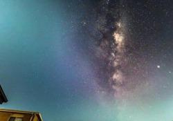 La Via Lattea e le stelle cadenti nel cielo: il video è spettacolare Un timelapse della Via Lattea sul cielo notturno di Canberra, in Australia - CorriereTV