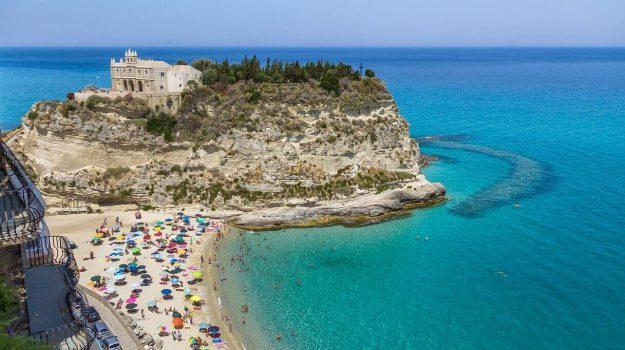 Bonus e voucher, la strategia della Regione Calabria per rilanciare il turismo