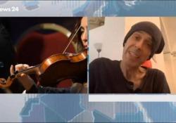 Morto Ezio Bosso, l'ultima intervista in tv: «La musica è necessaria, come respirare» Il pianista e direttore d'orchestra aveva 48 anni - Ansa