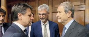 Il presidente della Sicilia Nello Musumeci con il premier Giuseppe Conte
