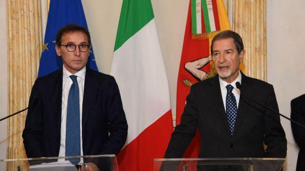 confini, fase 2, ministro, regioni, riaperture, Francesco Boccia, Nello Musumeci, Sicilia, Politica