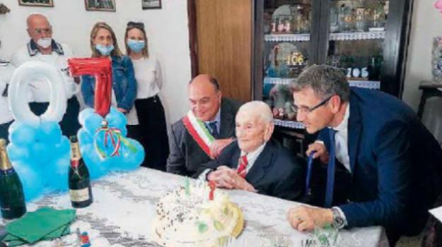 longevità, nonno, Cosimo Giuseppe Cammeo, giovanni calabrese, Reggio, Calabria, Cronaca