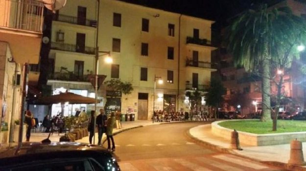 coronavirus, fase 2, piazza teresa, Cosenza, Calabria, Cronaca