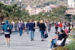 Fase 2 a Reggio, spazi e tavoli all'aperto: pesa l'incertezza