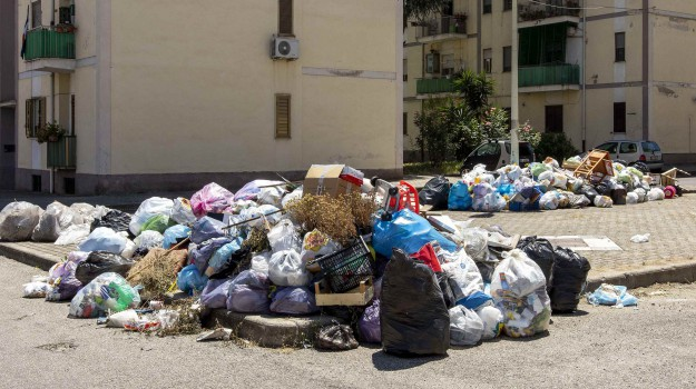 rifiuti, Jole Santelli, Calabria, Politica