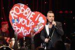 """Da cantante a star della tv, la svolta di Robbie Williams: """"Sto lavorando a 5 progetti"""""""