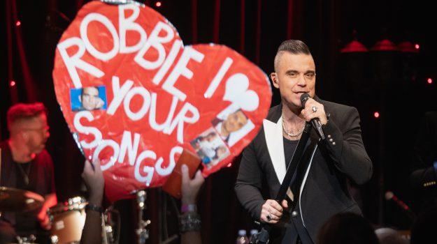 tv, Robbie Williams, Sicilia, Società