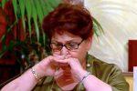 """Caporalato, la Bellanova piange in diretta: """"Gli invisibili saranno meno invisibili"""""""