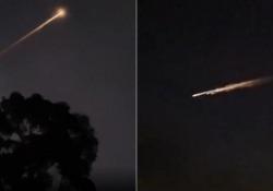 Un meteorite? Un Ufo? Una palla di fuoco illumina i cieli dell'Australia Lo spettacolo venerdì sera nella Colombia Britannica, nel sud-est dell'Australia. Detriti spaziali che rientravano nell'atmosfera - CorriereTV
