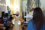 Mascherina e posti distanziati, nel Vibonese i fedeli sono tornati in chiesa