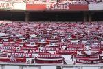 Tifosi del Benfica assaltano il pullman della squadra, due giocatori feriti