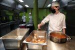 Positivo al Coronavirus lavorava al ristorante, denunciato: temeva di perdere il posto
