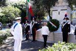 Festa della Repubblica a Crotone, prefetto depone corona al monumento dei caduti