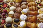 Allarme salmonellosi a Messina, batteri nei gelati e nella ricotta: scattano i sigilli alla pasticceria