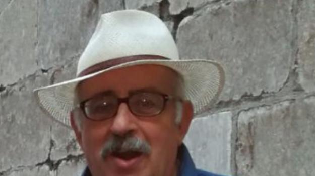 Gino Savoja, Messina, Sicilia, Politica