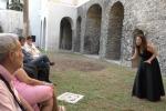 Il teatro a Napoli riparte con «Racconti per ricominciare»