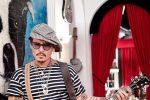 """Cartoni animati, Johnny Depp presta la sua voce per una serie animata """"Puffins"""""""