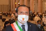 """Assente da un mese, Messina si divide sul """"ritiro"""" di De Luca"""