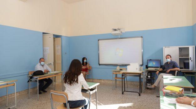 scuola, Cateno De Luca, Messina, Sicilia, Cronaca