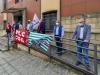 Cosenza, organici con 200 posti in meno: sit-in dei docenti davanti Atp