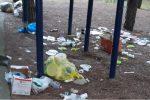 Erbacce e rifiuti, a Catanzaro il Parco di Siano è impraticabile