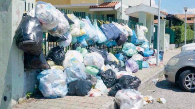 legambiente calabria, rifiuti, Sicilia, Calabria, Politica