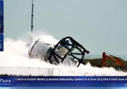 SpaceX, test di pressione sul nuovo prototipo: l'esplosione è impressionante L'astronave Starship SN7 è stata progettata per trasportare passeggeri sulla Luna e su Marte - Corriere Tv