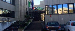 L'ingresso del Tribunale per i minorenni di Catanzaro