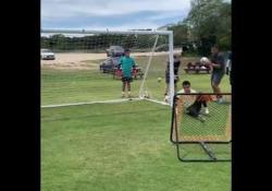 Usa, l'allenamento volante del portiere Come si allena la reattività di un portiere? Lo mostra l'allenatore Diego Restrepo su Instagram - Dalla Rete