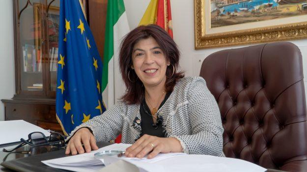 attiva sicilia, migranti, regione siciliana, Angela Foti, Sicilia, Politica
