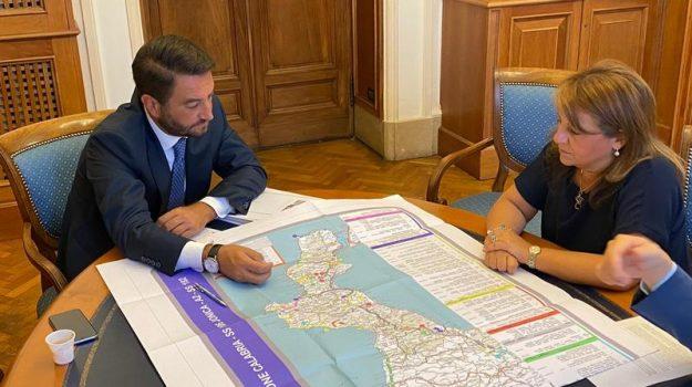 infrastrutture, Calabria, Politica