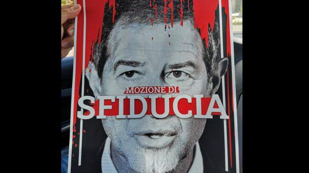 m5s, regione siciliana, Nello Musumeci, Sicilia, Politica