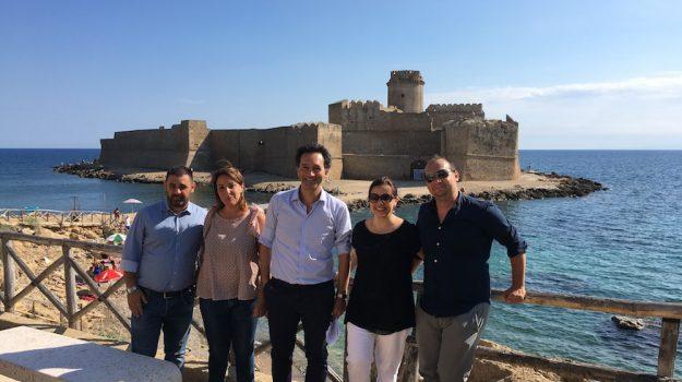 le castella, Francesco Pitaro, Catanzaro, Calabria, Cultura