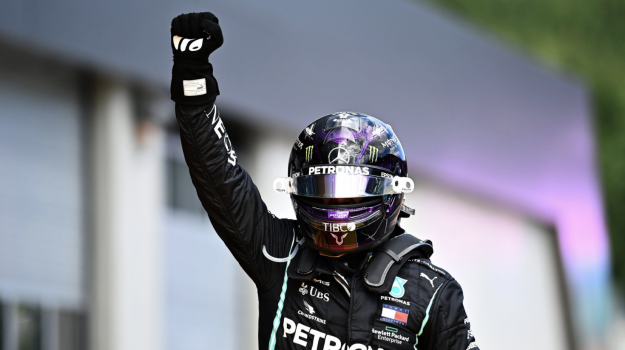 ferrari, formula uno, Lewis Hamilton, Sicilia, Sport