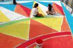 Drapia, gli studenti sistemano piazza Gasponi: dipinti e mosaici per renderla più bella