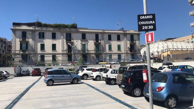 commercio, coronavirus, negozi, Messina, Sicilia, Economia