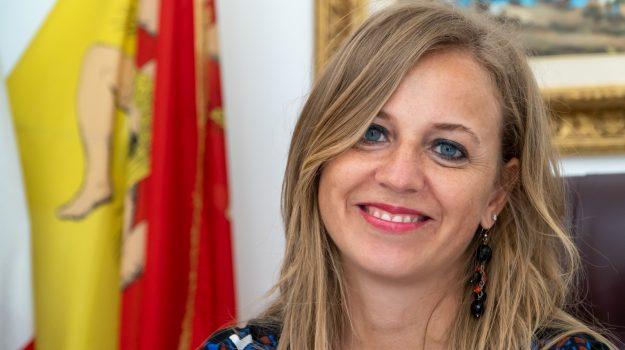 ars, bambini, Valentina Palmeri, Sicilia, Politica