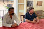 """""""Sit Down To Have An Idea"""", il progetto di Andrea Bianconi approda a Tropea"""