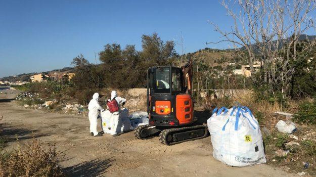 amianto, rifiuti, Messina, Sicilia, Cronaca