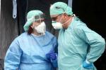 "Coronavirus, Ministero-Iss ""Lieve aumento dei casi, rispettare misure"""
