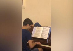 Il mistero delle note tra le montagne liguri e il ragazzino al pianoforte - Corriere Tv