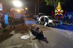Incidente nella notte a Lamezia Terme, scontro auto-moto: cinque persone in ospedale