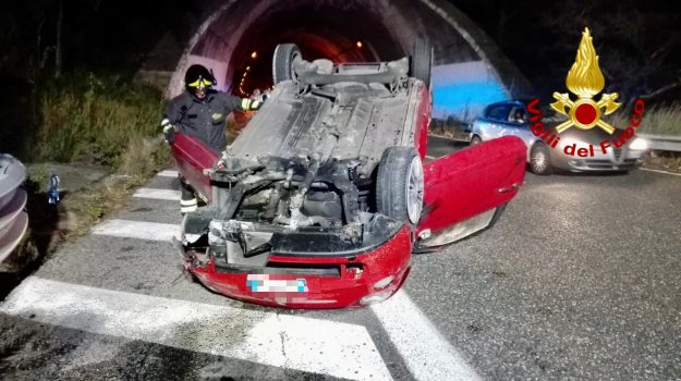 incidente stradale, villafranca tirrena, Messina, Sicilia, Cronaca